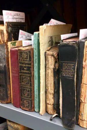 magazyn książki dawnej